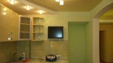 <h2>установка натяжного потолка в кухне вЛуганске Алчевске Брянке Стаханове Первомайске Кировске.</h2>